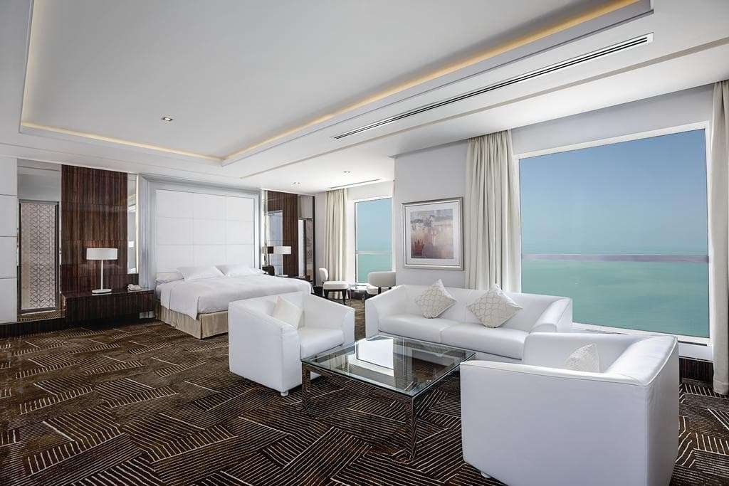 Bedroom Apartment with beach view