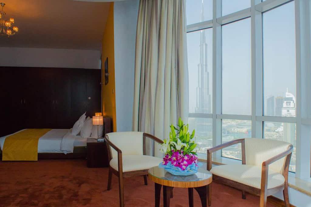 Deluxe One Bedroom Apartment Burj Khalifa View