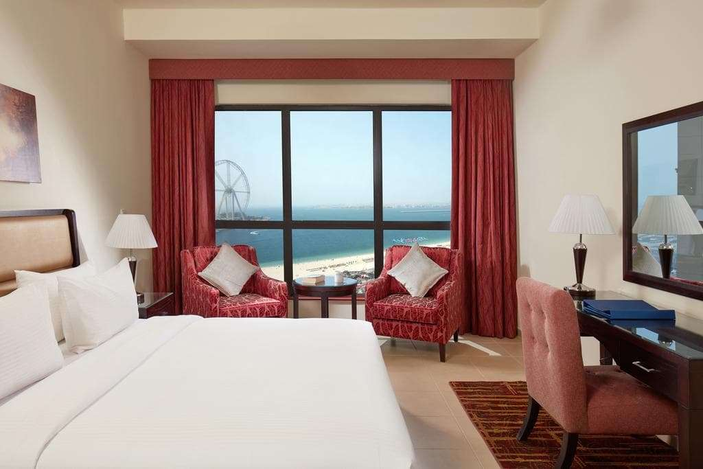 King Size Bedroom with beach view