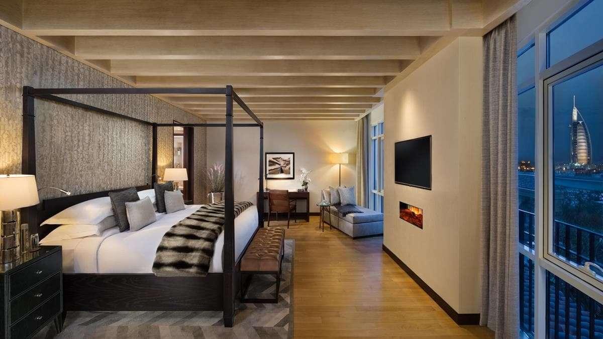 Ski Chalet Master Bedroom with Burj Al Arab view